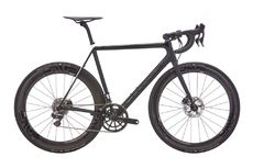 2017 Cannondale SuperSix EVO Hi-Mod Black Inc Disc Road Bike